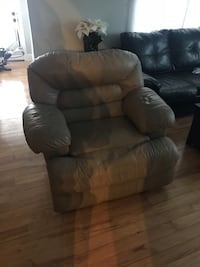 leather recliner sofa chair 373 mi