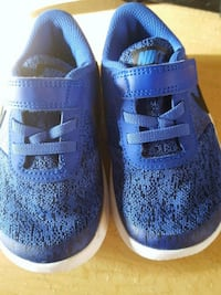 9c  blue nikes toddler shoes( brandnew) Kennewick, 99337