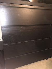 black wooden 3-drawer chest Oxon Hill, 20745
