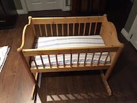 Wooden Baby Cradle.... mint cond. Grimsby, L3M