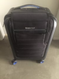 Bluesmart Smart Luggage Carry on suitcase Vancouver, V6B 1E6