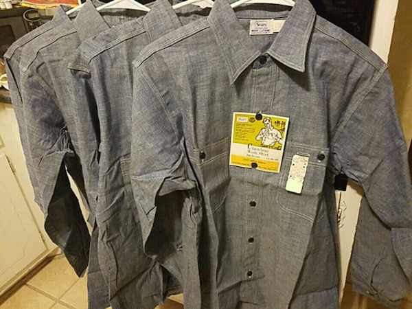 e98c45c9bfb Vintage 60 s Sears chambray work shirts usati in vendita a Marietta ...