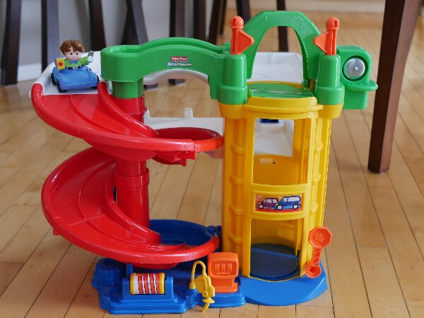 Little People Garage : Used fisher price little people toy car garage for sale in calgary
