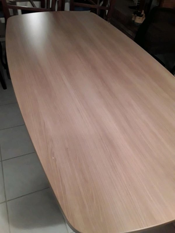Small Boardroom Table 907efbae-e572-44af-bf0d-719608841197