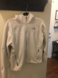 Women's North Face Jacket size large  Alexandria, 22303