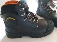 Brand new with tags Men's steel toe boots / Botte  Laval, H7P 5V3