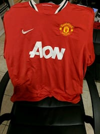 red Nike crew neck shirt Toronto, M1P 1X2