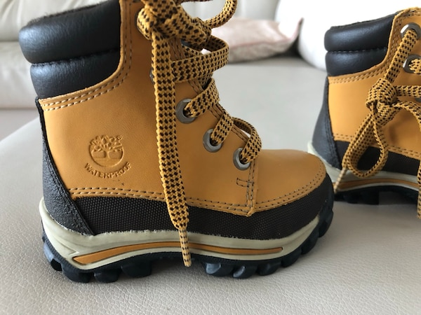 Brand new timberland baby shoes