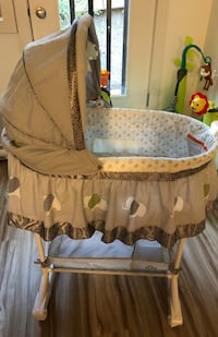 BILY Bassinet (Like New) Banff, T1L 1H1