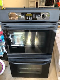 GE - Double Oven - Black Color South Riding, 20152