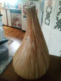 "Very nice 14"" ceramic vase...looks like wood El Paso, 79924"