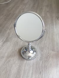 Counter top Make-up Mirror Vancouver, V6J 1N3