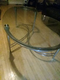Glass (BEAN SHAPED) Coffee table