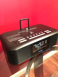 iHome Alarm Clock and Radio-works for most current Apple iPhone models Alexandria, 22304