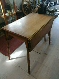 Table ancienne Longueuil, J4H 2V3