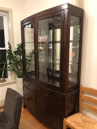 China Cabinet for sale Washington, 20010