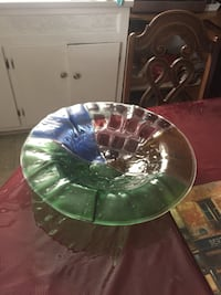 round blue, green, and clear glass bowl Montréal, H9H 2Z7