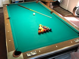 Fisher Empire VIII Auto Return Pool Table with Extras