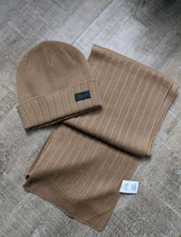 Brand New - Calvin Klein Knit hat and scarf Toronto, M4J 2A1