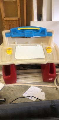 white, red, and blue plastic table Greensboro, 27410