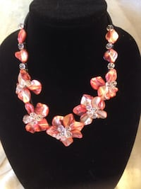 pink and white floral necklace Buena Park, 90620