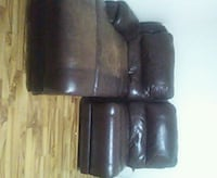 Used leather couch Calgary, T2E 6H3