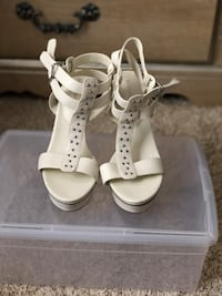 pair of white leather open-toe wedge sandal Columbus, 43230