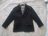 Size 4-5 h and m black blazer Toronto, M1B 3G8