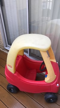 baby's yellow and red plastic bather Las Vegas, 89108