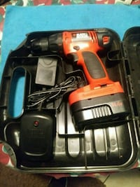 Black & Decker 14v with charger and case $30 o.b.o Fresno, 93726