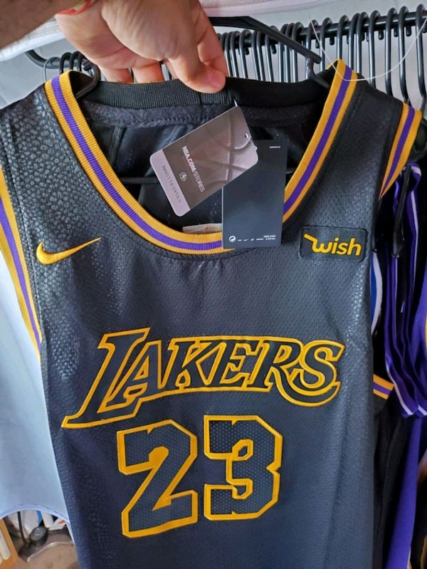 best loved 4fd80 d0ca4 Black/Yellow Lebron James Lakers Jersey