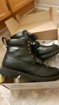 pair of black leather work boots Mississauga, L5N