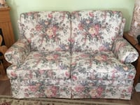 pink-white-and-blue floral 2-seat sofa Coquitlam, V3H 1L7