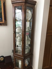 Curio excellent condition  Ashburn, 20147