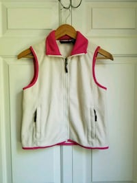 Girls fleece vest  Hillsboro, 97124