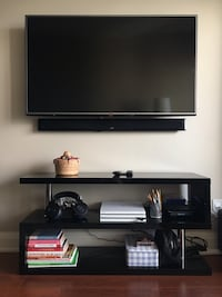 TV Stand in great condition Toronto, M3B 0A2