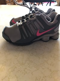 Girls Nike shoes size 11 Whaleyville, 21872