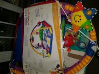 Baby Einstein discover and play activity gym
