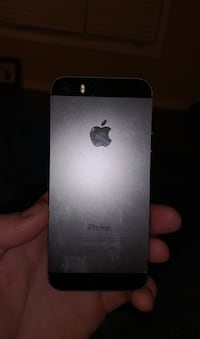 iPhone 5 works great no cracks