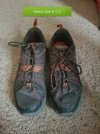 size 9 men's gray-and-orange sneakers Bozeman, 59715