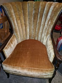 Beautiful antique chair.Good condition Somerset County, 08844