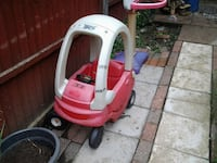 red and white Little Tikes cozy coupe England, SS15 5GJ