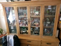 China cabinet with functional glass doors Chicago, 60659