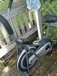 gray and black elliptical trainer 281 mi
