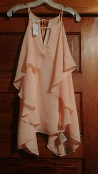 Maurices 2xl top new . tags still on Gibbon, 55335