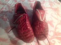 Nike Tiempo outdoor soccer cleats Size 9.5 men's Calgary, T2C 0P5