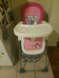 baby's white and pink high chair Toronto, M6E