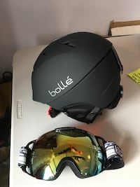 Bolle Ski Helmut and goggles  Sherwood Park, T8H
