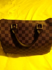 Louis Vuitton bag Norfolk, 23504