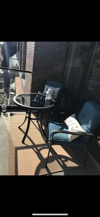 Patio Set - like new